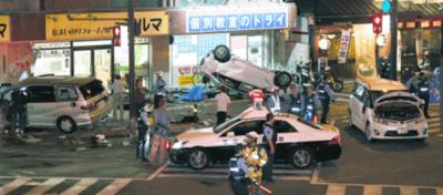 福岡市早良区の事故原因!逆走運転手の名前や顔画像が判明?病気の可能性は?